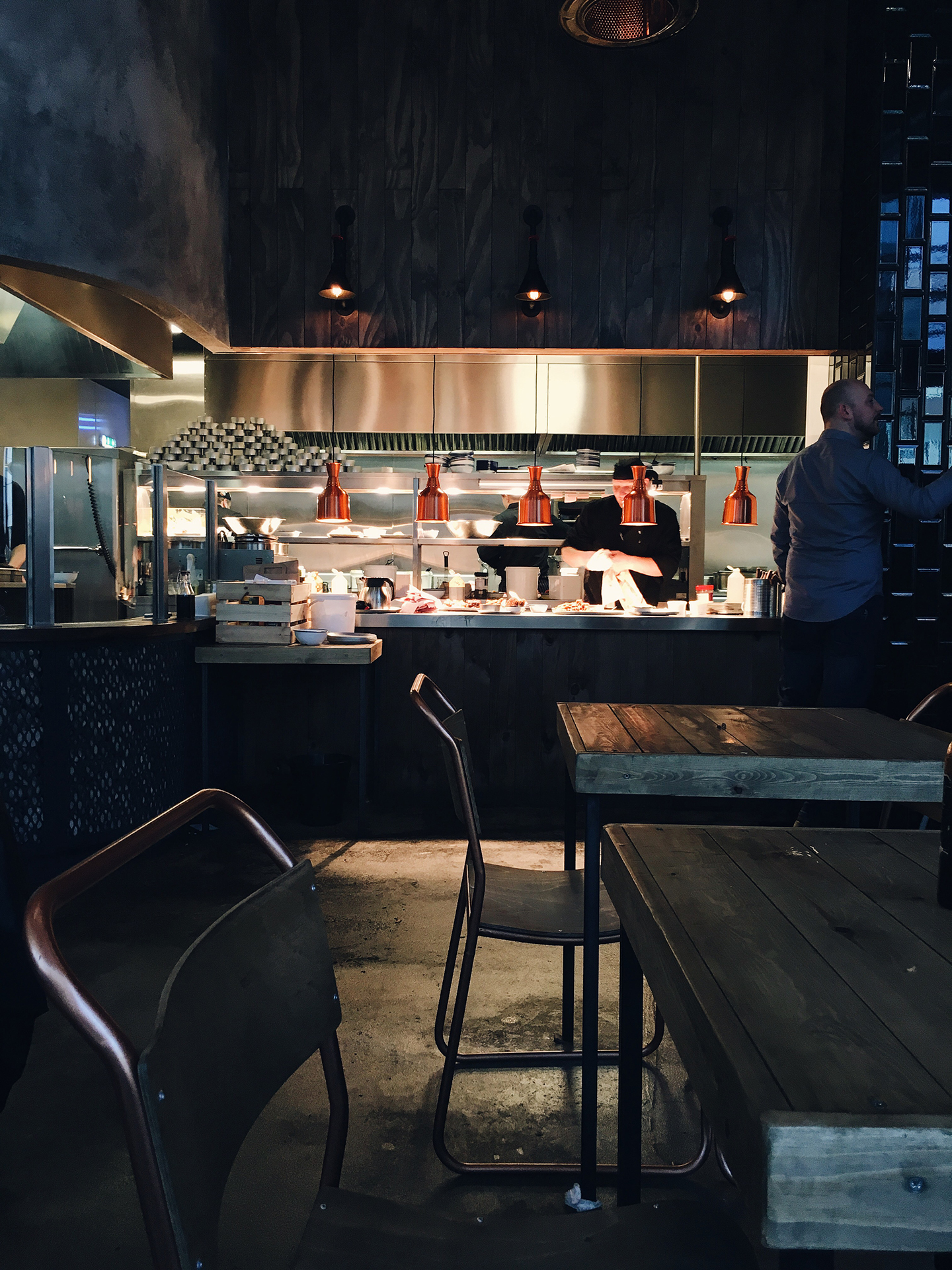 smoke bbq interior kitchen