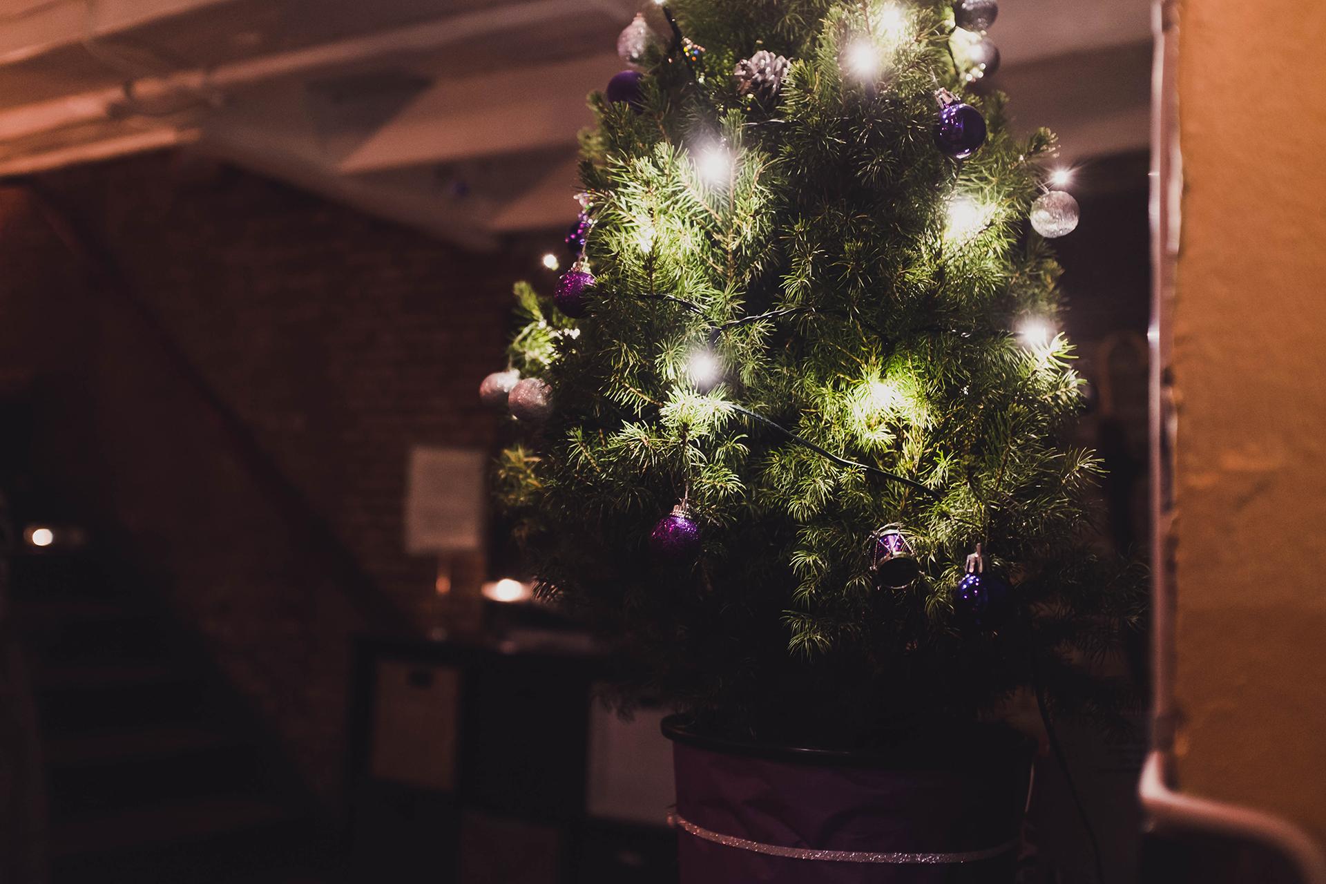 tight christmas tree