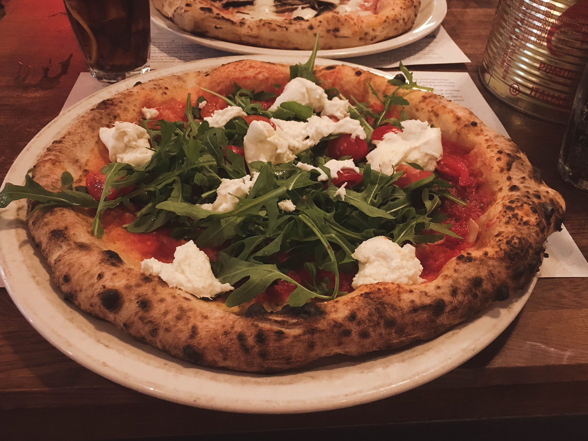 paesano rocket tomato pizza