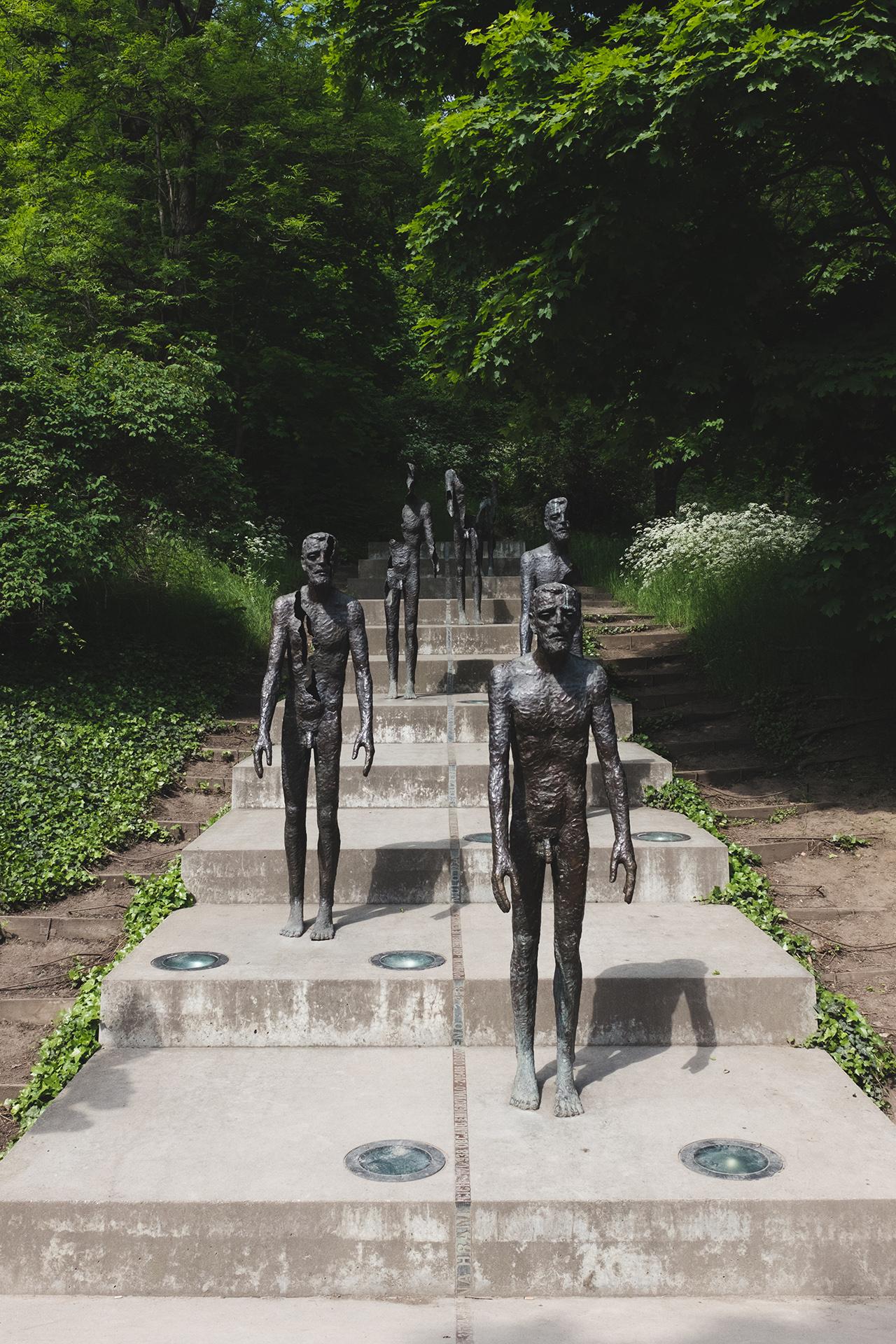 holocaust memorial prague
